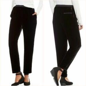 Eileen Fisher Black Velvet Ankle Pant S, M) B15